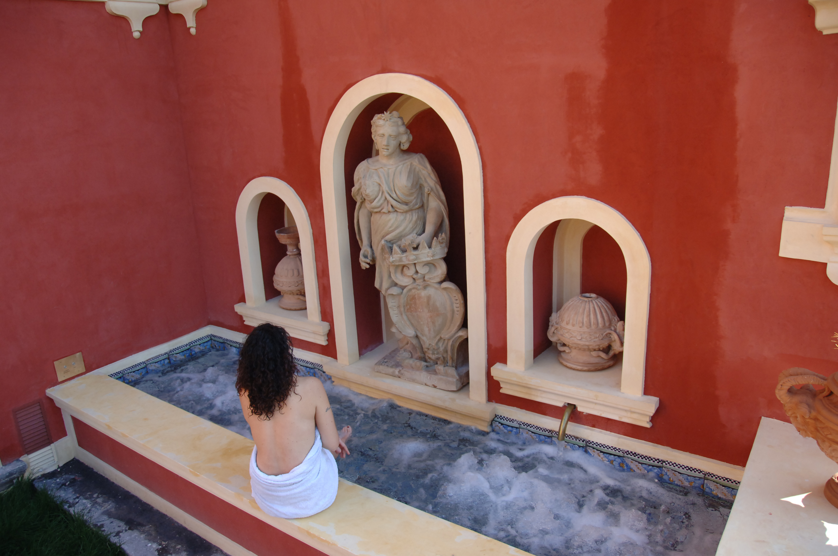 Roman Style Spa Hostedvillas